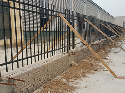 厂区锌钢护栏案例